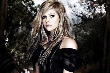 Avril Lavigne está cocinando un nuevo disco de estudio. Cusica Plus.