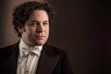 Despacho de la presidencia cancela de nuevo una gira dirigida por Gustavo Dudamel. Cusica Plus.