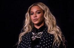 Descubre los adornos de navidad de Daft Punk y Beyoncé. Cusica Plus.
