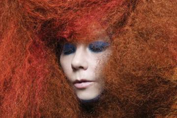 Björk nos lleva hasta su 'Utopia' en el trailer de su disco. Cusica Plus.
