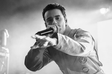 "Logic y Rag N' Bone comparten con Edgar Ramírez en el video de ""Broken People"" . Cusica Plus."
