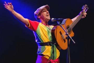 """Manu Chao regala su nueva canción """"Palabras de verdad"""". Cusica Plus."""