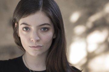 Lorde interpretó un tema de Carly Rae Jepsen en Nueva York. Cusica Plus.