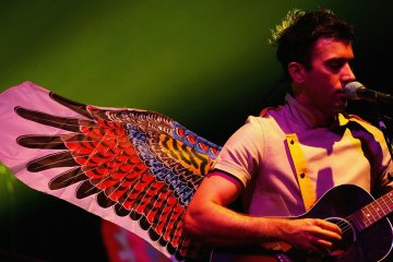 "Sufjan Stevens transforma el tema ""Make Out In My Car"" Moses Sumney en nuevo EP. Cusica Plus."