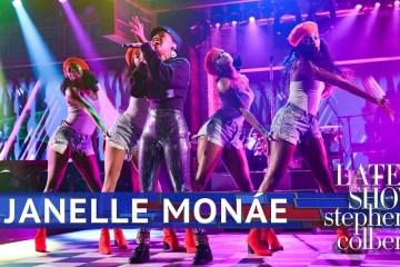 """Janelle Monáe cantó """"Make Me Feel"""" en el Late Show de Stephen Colbert. Cusica Plus."""