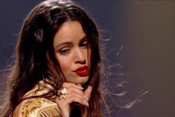 """Rosalía cantó su nuevo tema """"Pienso En Tu Mirá"""" en 'Later… With Jools Holland'. Cusica Plus."""
