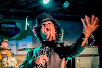Green Day podría revivir Foxboro Hot Tubs. Cusica Plus.