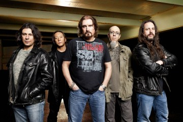 Dream Theater anuncia su nuevo disco titulado 'Distance over time'. Cusica Plus.