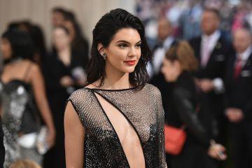 Kendall Jenner es citada por el tribunal federal, para declarar contra el Fyre Festival. Cusica Plus.