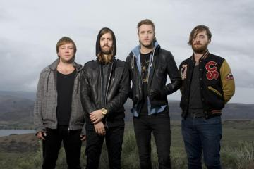 "Imagine Dragons superó el billón de visitas en el video de su tema ""Radioactive"". Cusica Plus."