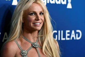 Fans de Britney Spears, exigen que sea liberada del centro psiquiátrico. Cusica Plus.