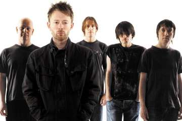 Ed'Obrien y Phill Selway reciben la inducción de Radiohead al Salón de la Fama del Rock. Cusica Plus.