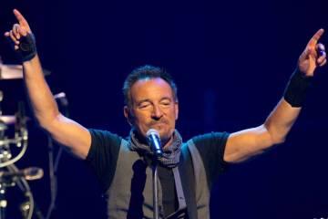 "Bruce Springsteen comparte el tema ""Tucson Train"" de su próximo disco. Cusica Plus."