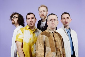 "Hot Chip comparte su nuevo tema ""Melody of Love"". Cusica Plus."
