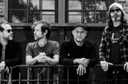 "The National estrena su nuevo tema ""Hairpin Turns"". Cusica Plus."