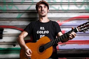 """Manu Chao regresa con el nuevo tema """"Bloody Bloody Border"""" de su próximo disco. Cusica Plus."""