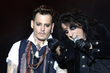 "Johnny Depp y su banda The Hollywood Vampires, versionaron ""Heroes"" de David Bowie. Cusica Plus."