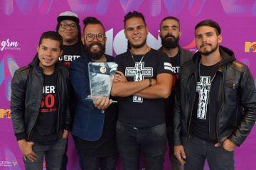 La agrupación Jahaziel, ganó la categoría Mejor Artista Ska/Reggae en los Monster Music Awards. Cusica Plus.