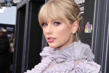 Taylor Swift fusiona el country y el pop en su nuevo tema 'Lover'. Cusica Plus.