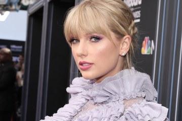 Taylor Swift fusiona el country y el pop en su nuevo tema 'Lover'. Cusica Plus.