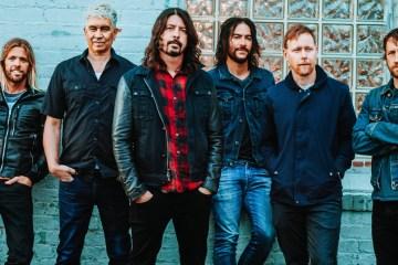 El baterista Taylor Hawkins de Foo Fighters dice que tienen planeado estrenar nuevo disco en el 2020. Este sería el décimo LP de la banda - Cúsica Plus