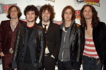 Guitarrista de The Strokes habla de posible finalización del nuevo disco - Cúsica Plus