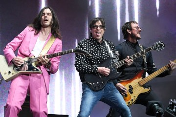 Weezer anuncia nuevo disco y publica 'single' - Cúsica Plus