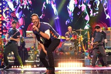 Escucha 'Orphans' y 'Arabesque' los dos nuevos temas de Coldplay. Cusica Plus.