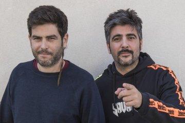 Estopa celebra su veinte aniversario con el nuevo disco 'Fuego'. Cusica Plus.