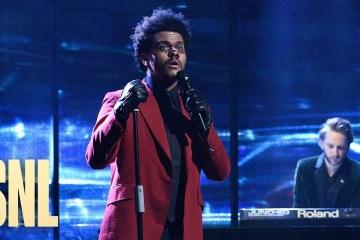 The Weeknd estrenó un nuevo tema en el Saturday Night Live. Cusica Plus.
