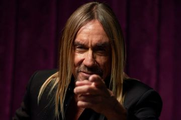 Iggy Pop comparte grabación de su concierto con Queens of the Stone Age e integrantes de Arctic Monkeys. Cusica Plus.