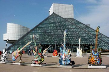 Salón de la fama del Rock & Roll, comparte presentaciones en vivo de sus ceremonias anteriores. Cusica Plus.