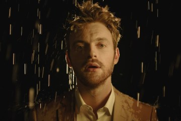 FINNEAS comparte su nuevo tema 'What They'll Say About Us'. Cusica Plus.