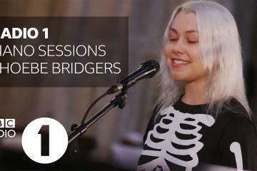 Phoebe Bridgers y Arlo Parks, se unen para versionar 'Fake Plastics Trees' de Radiohead. Cusica Plus.