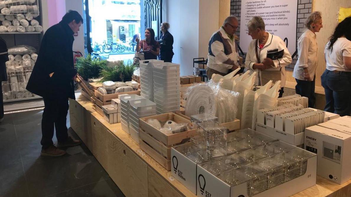 Ikea A Accueilli Ses Premiers Clients Dans Son Pop Up Store