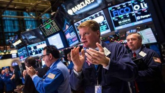 US stocks rise on hopes of a drug to cure