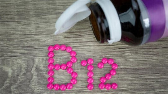Two indicators of a lack of vitamin B12 in the body