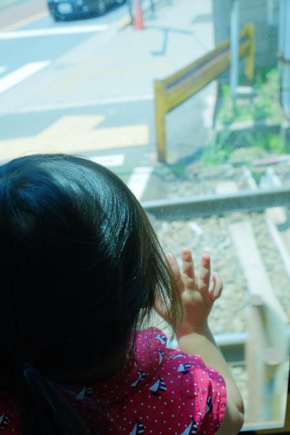 都営荒川線を貸切って撮影会をしてみた_子供はずっと窓の外を見ていた