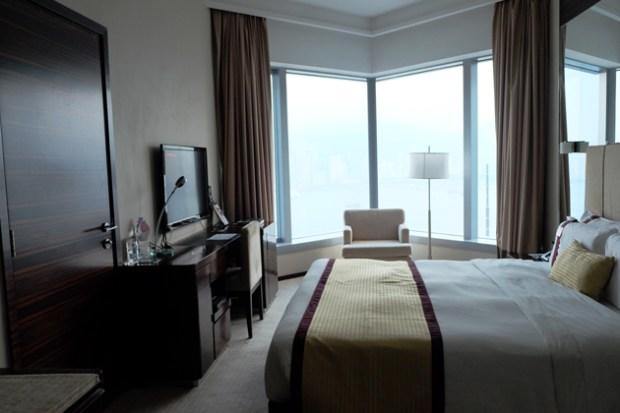 ホテルパノラマバイロンバス_お部屋_ベッド