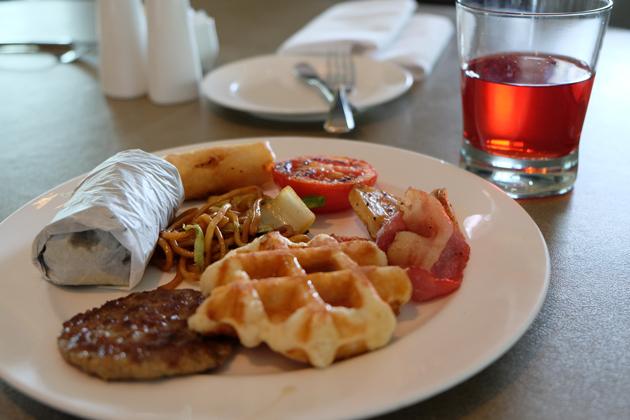 ホテルパノラマバイロンバス_クラブロンバスの朝食_38F_バラエティ