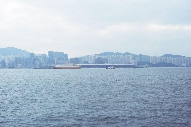 Olympus_OM-1_×_Kodak_SUPERGOLD400_in香港_紅磡→北角フェリー_ビクトリアハーバー