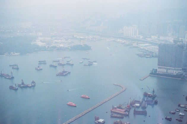 Olympus_OM-1_×_Kodak_SUPERGOLD400_in香港_ICC_SKY100_港湾都市
