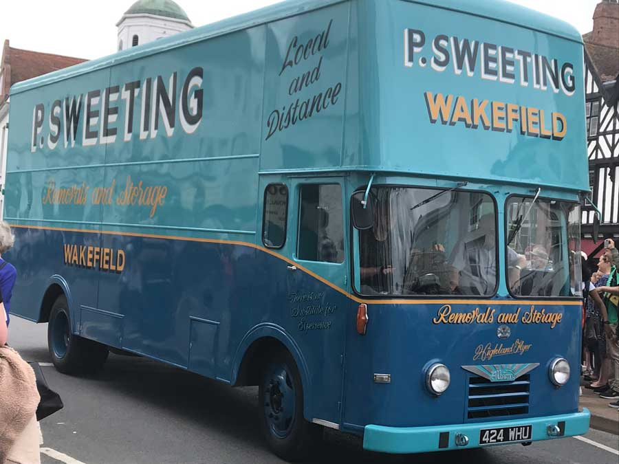 P Sweeting van