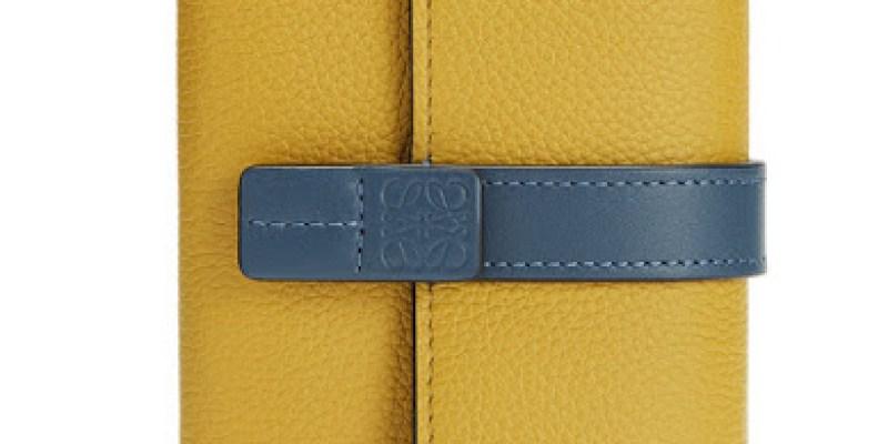 ▌折扣消息 ▌ 新天鵝堡穿搭 + Loewe包好價格 + 摩洛哥優油限時解禁 + 勃肯鞋75折