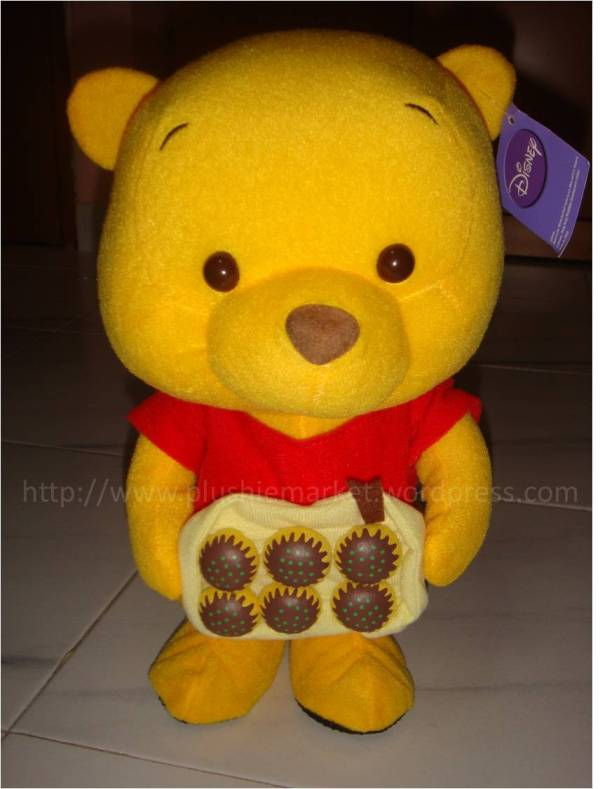 #b0004 Pooh Cupcake Movable Plushie Market