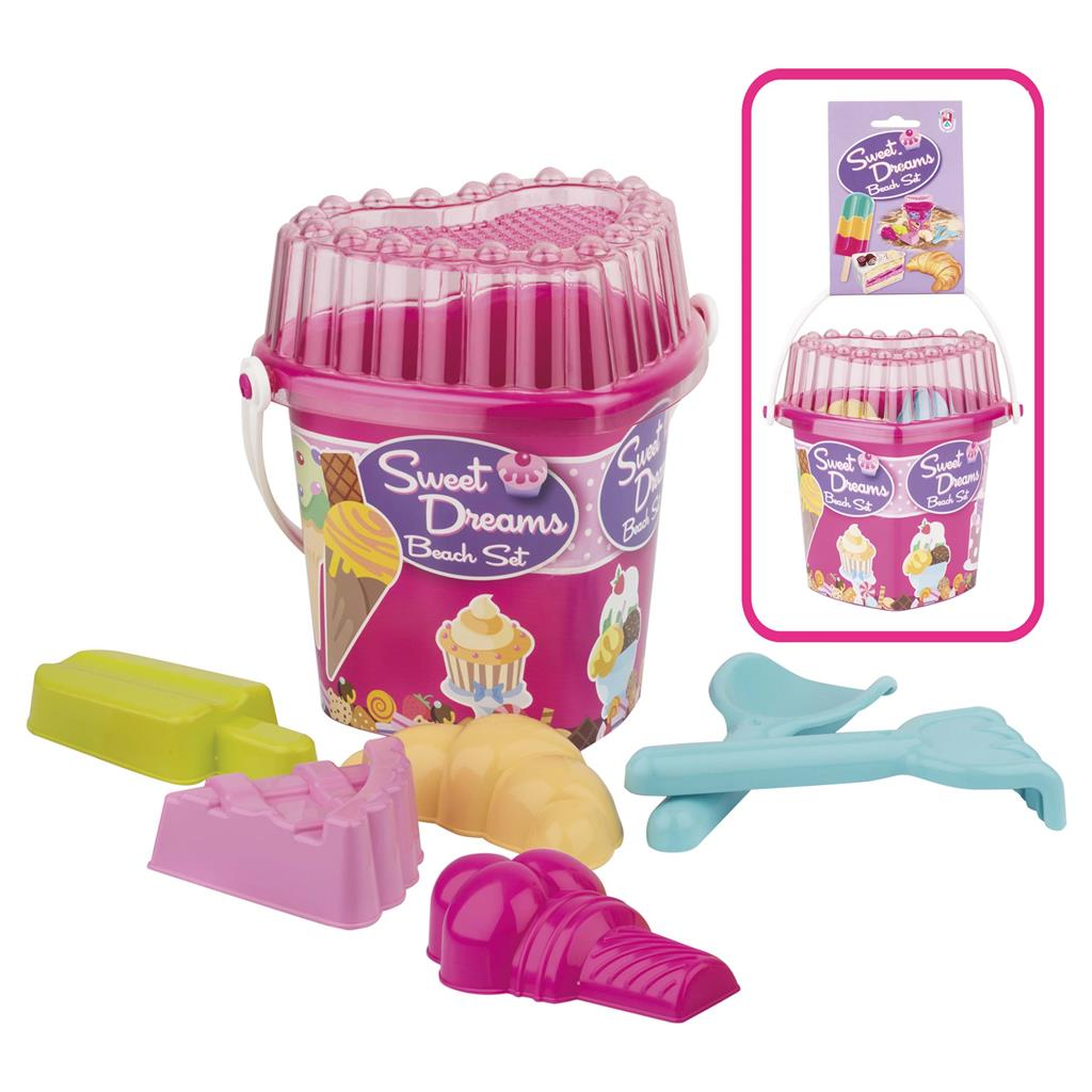 Heart Beach Bucket with cupcake accessories