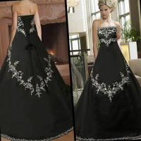 Black plus size wedding dresses