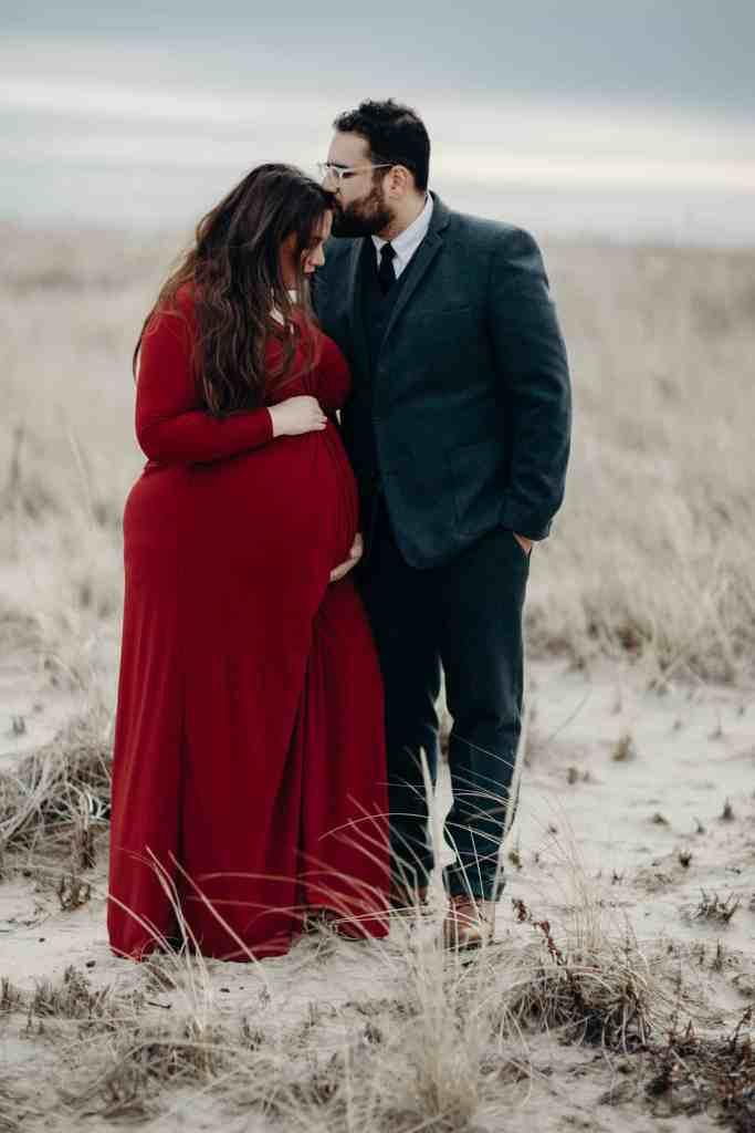 plus size maternity photos