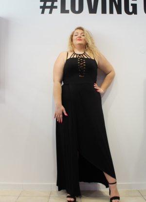 Φόρεμα maxi μαύρο με διαφάνεια και σκίσιμο στο πλάι