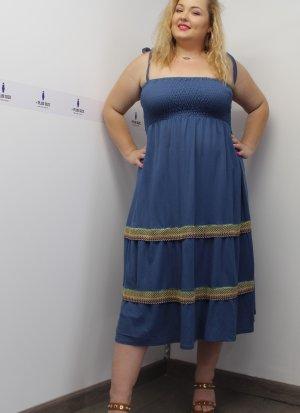 Φόρεμα ραντάκι ραφ με κέντημα στη φούστα και σφιγγοφωλιά στο στήθος